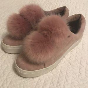 Sam Edelman Leya Pom Pom Sneaker Size 8.5M